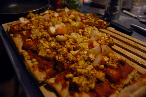 bbq tofu, apple, and corn pizza